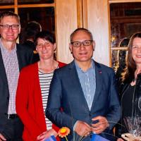 Ismail Ertug mit dem Vorstand des Ortsvereins Petra Lutz, Marianne Maier und Thomas Mirwald