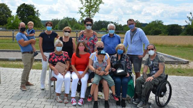 Die Hemauer Delegation mit den Gastgebern aus Saal/Donau